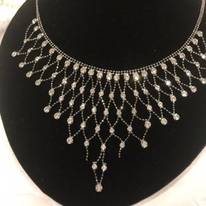 Night party nest crystal necklace gray